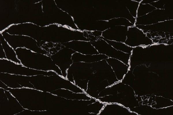 naturstein_antolini_aq_statuario_nero_quartz